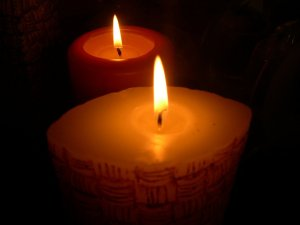 candles-in-soft-light-1407463