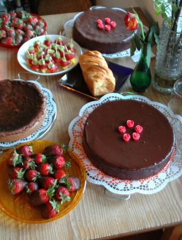 birthday-cakes-1327137