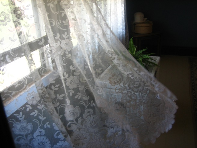 A_breeze_in_the_curtains