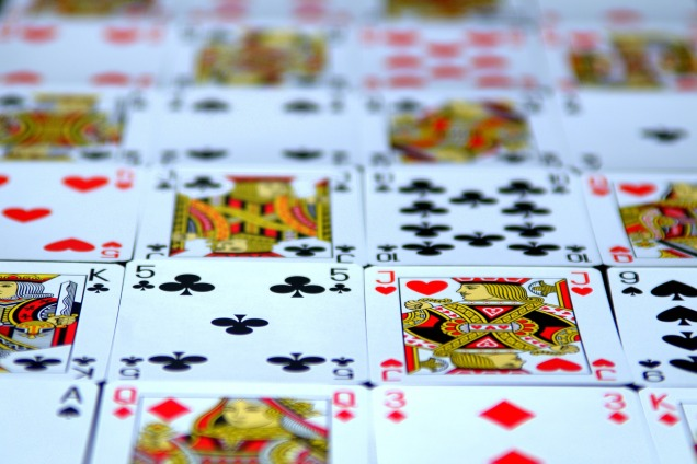 card-1298695_1920