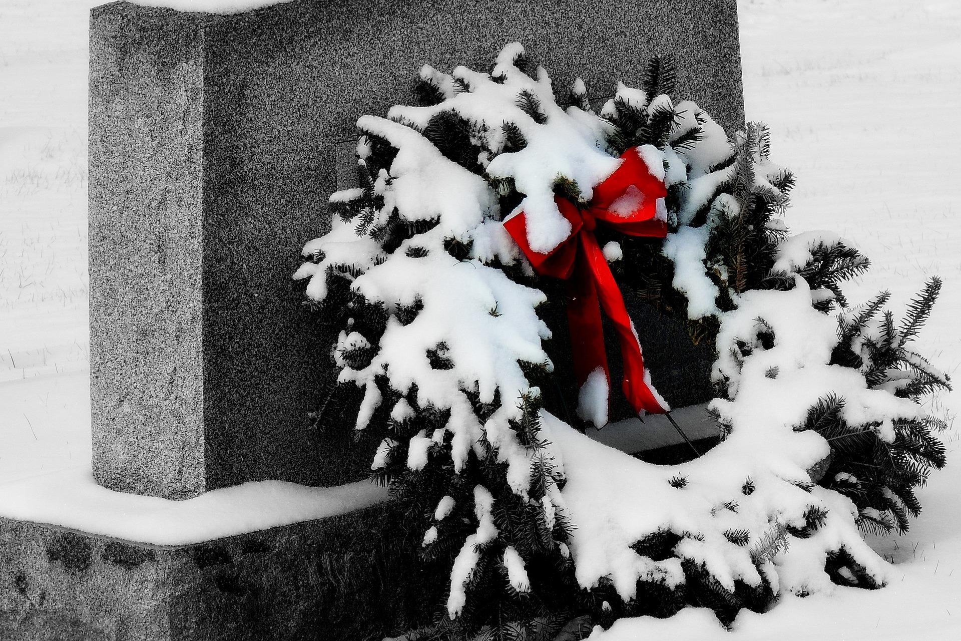 grave-1866193_1920