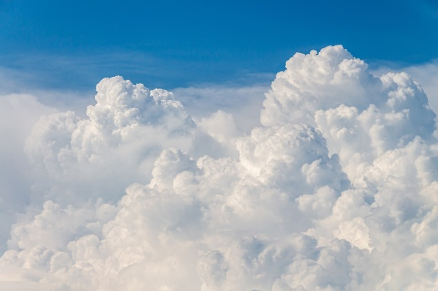 clouds-4215608_1920
